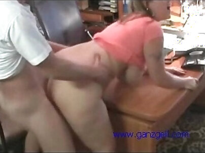 Amateur whore gets banged for cash in office