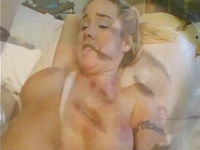 Wild slapjob with curvy Kristi Myst