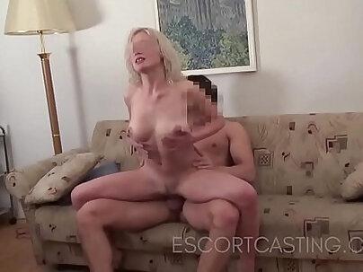 Blondie Mia Malkova Taylor getting fucked