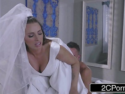 Chloe Pierce Devours Dita Perez Juelz Ventura