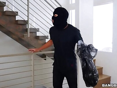 thief goes to town on keisha greys big ass