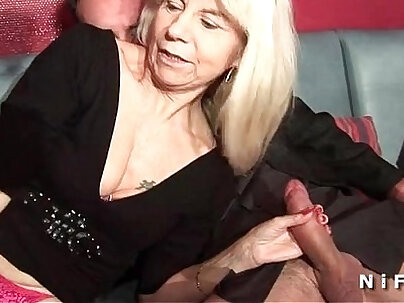 Asian tramp in stockings gets double penetrated
