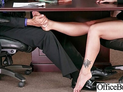 Busty Sofia De Luca pounded after her audition for The Office