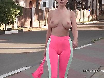 Cameltoe i wore tight yoga pants in public
