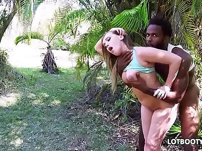 Fat ass juicy babe Harley Jade gets interracial anal fucked