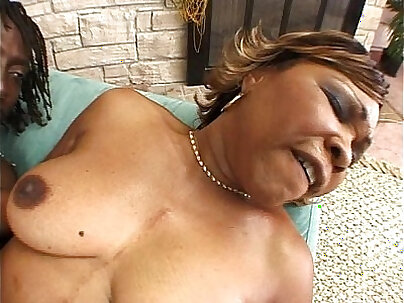 Cute Ebony Mature Beauty Skills Cock Sucking And Toying
