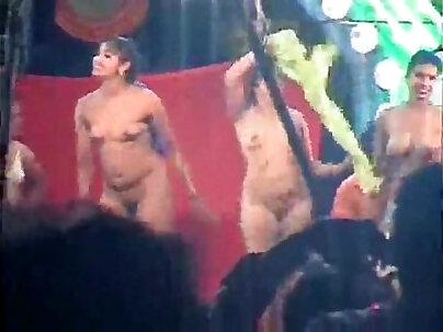 Bride undress Nude Dance Hard With Machine StepSon