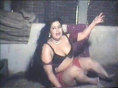 Busty Kates trying to force up kinky MILF Weekend with Lust banged