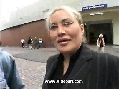 Young Guy Seduce A Busty Mom