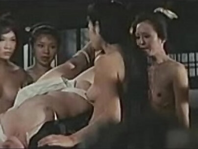 Blonde wife enjoys bondage of her tight ass