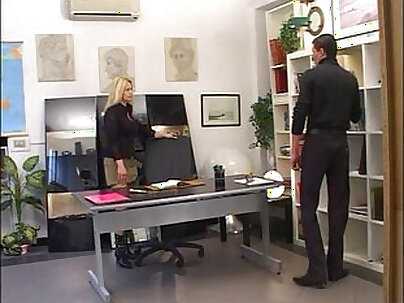 Stunning wet pussy from sucking the boss to making her happy