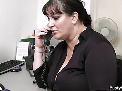 Chubby Boss Sexy Blowjob at the Office