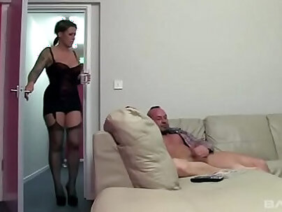 British Slut Vicky Lovely Has A Great Sex