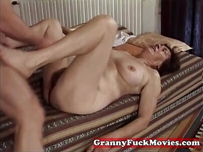 Hairy granny slit fucked by pro