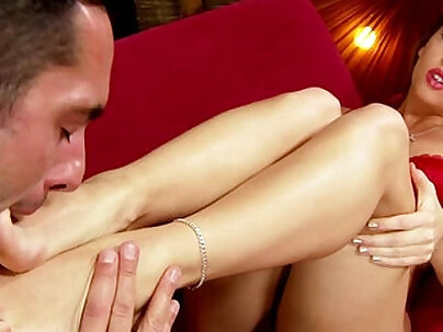 Footjob feet babe in stockings gets soles worshiped