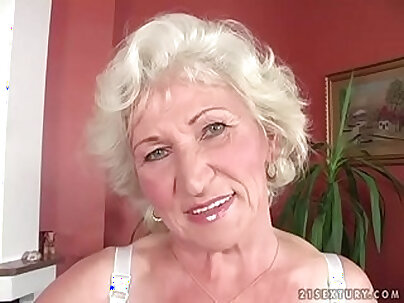 Teen pussy fucked by granny for payback