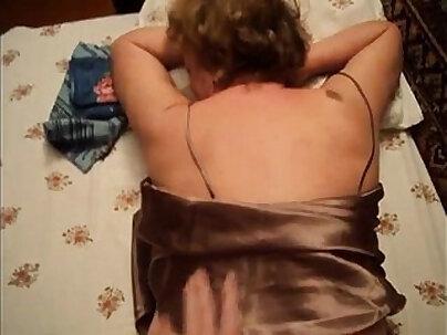 Homemade Mature Mom and not her Son real sex amateur voyeur hidden spy cam POV