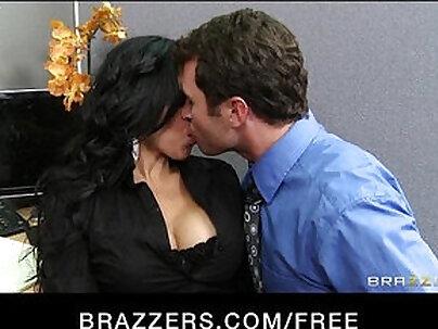 Latina Camgirl Shows Off Big Boobed Melba Dee