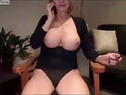 Hot MILF Jay Jordens On Cam Chat With Permissions